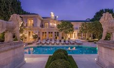 It's no secret that the majority of the most expensive homes in California are located in the Los Angeles area and belongs to movie stars, entrepreneurs, politicians and a slew of other important people. With high prices come lavish luxuries and these estates feature acres of land, dozens of rooms and enough bathrooms to suit a small army.   #BeverlyHills #DelMar #ExpensiveHomesinCalifornia #Irvine #LagunaBeach #Malibu #mostexpensive #mostexpensivehome #MostExp