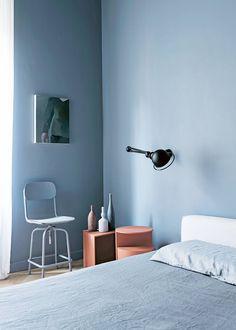 5 Decorating Mistakes People With Great Style Never Make Interior Design Books, Interior Design Software, Interior Paint, Interior Doors, Orange Interior, Monochrom, Cozy Bedroom, Blue Bedroom, Bedroom Colors