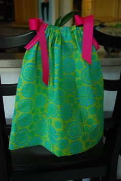 $2 Fat Quarter Dress. These are easy and so sweet!