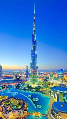 The most stunning and incredible building in the world, which is located in Dubai! It's TOP! Dubai Buildings, Dubai Architecture, Amazing Buildings, Amazing Architecture, Skyscrapers, Dubai Tower, Dubai Skyscraper, Dubai City, Dubai Uae