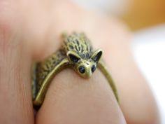 **Hier wird ein größenverstellbarer Fledermaus Ring verkauft.**  Design/Farbe…
