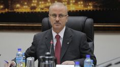 Palestinian PM Rami Hamdallah offers his resignation to President Mahmoud Abbas
