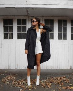 """10.9 m Gostos, 56 Comentários - Alicia Roddy (@lissyroddyy) no Instagram: """"Dressing for every season because what is this weather? ♀️ Definitely loving a little layering…"""""""