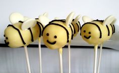 Bumble bee cake pops for Earth Day! Featured on Sweet Sixteen Collection this week - congrats! http://cakestacks.blogspot.com/2012/04/sweet-sixteen-earth-day.html