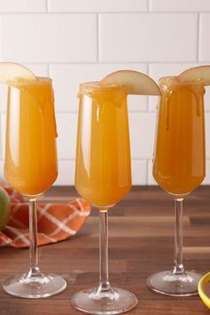 Caramel Apple Mimosas: Here's the grown-up (and less sticky) way to enjoy a caramel apple. Pro tip: For the cinnamon-sugar rim, dip the glass in caramel instead of water for more flavor. Click through for more Thanksgiving cocktails perfect for fall! Champagne Cocktail, Cocktail Drinks, Fun Drinks, Yummy Drinks, Cocktail Recipes, Alcoholic Drinks, Drink Recipes, Drinks Alcohol, Party Drinks
