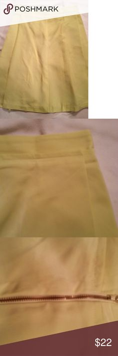 Lime Green Midi Skirt Beautiful midi skirt in a lime green/ highlighter color. The color is not yellow much closer to green. Excellent condition. Worthington Skirts Midi