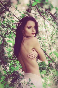 Agnieszka Juroszek Photography   Model: Klaudia Kraska   model, girl, flowers,  colors, spring, portrait, delicate, beauty, nude