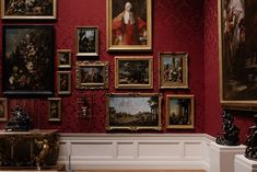 picture frame - Google Search Antique Picture Frames, Antique Pictures, Vintage Frames, Decor Vintage, National Gallery Of Art, Gallery Wall, Galerie Des Offices, Gustav Klimt, Vatican Rome