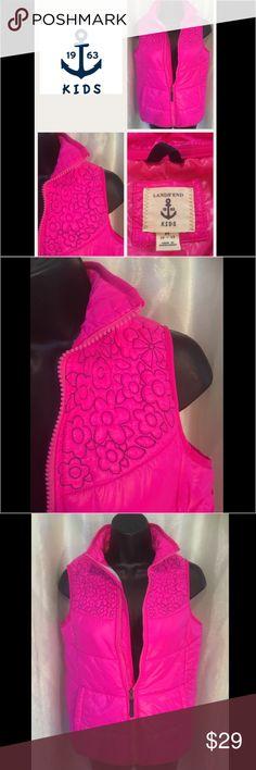 💖 Hot Pink Lands End Kids 🌸 FlowerDesign Vest 💕 Lands End Kids SIZE M 10-12 Hot Pink Puffer Vest with cute black flower design 🌸 Lands' End Jackets & Coats Vests