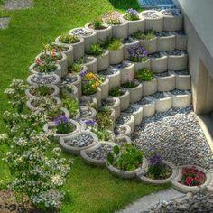 Small Backyard Landscaping Ideas and Design on a Budget # Backyard # Front . Small Backyard Landscaping Ideas and Designs on a Budget # Backyard # Front Yard # Garden Unique Garden, Diy Garden, Garden Projects, Diy Projects, Garden Types, Garden Edging, Garden Planters, Outdoor Projects, House Projects