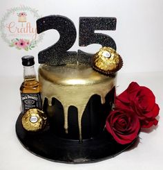New birthday cake decorating for him ideas 25th Birthday Cakes, Birthday Cake For Husband, Adult Birthday Cakes, 36th Birthday, Black And Gold Birthday Cake, Black And Gold Cake, Pretty Cakes, Cute Cakes, Beautiful Cakes