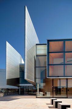The Concourse, Francis-Jones Morehen Thorp, Australia  Picture: World Architecture Festival 2012