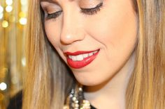 Living After Midnite: Makeup Monday: Winter Lip Colors - Jane Iredale Lip Pencil in Crimson & Jane Iredale Lipstick in Ann