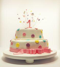 torta di primo compleanno http://www.lefestediemma.com/2014/03/festa-di-primo-compleanno/