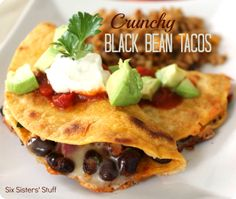 "Six Sisters Stuff: Crunchy Black Bean Taco Recipe ""My husband and I are trying to lose weight and eat healthier. The thing that I miss the most is going out to eat. These tacos taste just like they came from a restaurant and are so easy to make! Healthy Dinner Recipes, Mexican Food Recipes, Vegetarian Recipes, Cooking Recipes, Budget Recipes, Cooking Food, Bean Recipes, Healthy Dinners, Weeknight Meals"