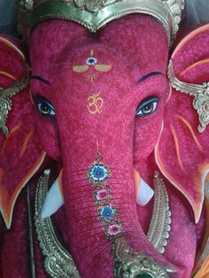 Ganesha statue in Thailand Arte Ganesha, Arte Krishna, Shri Ganesh, Ganesha Pictures, Ganesh Images, Krishna Images, Elephant Love, Elephant Art, Indian Gods