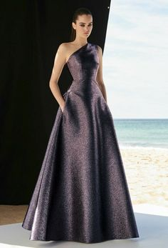 Sexy Prom Dresses A-line Ball Gown,Unique Long Prom Dress,cute One Shoulder Evening Dress Tulle Prom Dress - Proom Dress Ball Dresses, Ball Gowns, Evening Dresses, Prom Dresses, Formal Dresses, Chiffon Dresses, Bridesmaid Gowns, Long Dresses, Dresses Elegant
