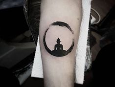 tattoo bouddhiste cercle tibetain
