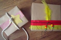 Cowboys & Indiands Giftwrap
