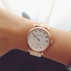 marc jacobs watch - tap image