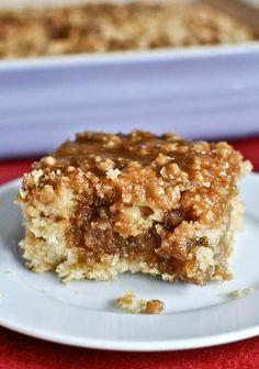 Eggnog Breakfast Crumble Crunch Cake