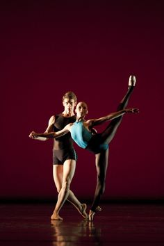 Claudia Dean and Tomas Mock (who have been awarded Royal Ballet company contracts) in Fractals from 2010. Photograph : Johan Persson