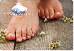Kétféle krém, amivel napi szinten ápolhatod lábadat! Flip Flops, Group, Women, Women's, Woman, Reef Flip Flops