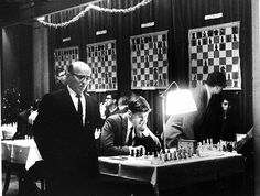 Bobby Fischer (III): L'enfant terrible Us Championship, Chess Players, Chess Pieces, All Games, Online Games, Historical Photos, Bobby, Board Games, Chess Games