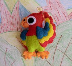 Papoušek, parrot felt pattern