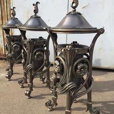 garbage box ))). rubbish bin in the style of Art Nouveau. Бывают и такие урны для мусора!)). Эти потрясающие , не поворачивается язык, урны, сделал замечательный кузнец, резидент нашей мастерской Валера Парана. Проект, Табачков Николай. #artmetallab #blacksmiths #forge #metalwork #metalwork #nice #amazing #work #custom #moscow #russia #ковка #лучшаяковкамосквы #модерн #москва