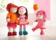 Veľké kamošky sú to: Lotta, Clara a malá Lilly.