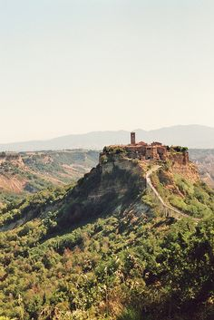 Civita di Bagnoregio, Viterbo | Italy (by mar jam)