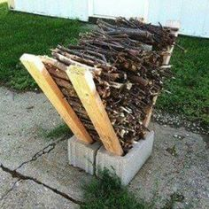 Easy easy to keep firewood attached and of the ground. Picture credit to budget101