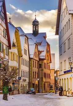 Nadire Atas on Travel Around The World Sigmaringen (Baden-Württemberg) Oh The Places You'll Go, Places To Visit, Wonderful Places, Beautiful Places, Travel Around The World, Around The Worlds, Voyage Europe, Adventure Is Out There, European Travel