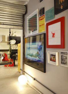 porta-metalica-de-enrolar-apartamento-cozinha-quadros (Foto: MCA Estúdio/Divulgação)