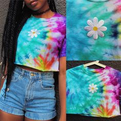 ✨✨✨ Stay in #bloom all year long! This #Rad #Daisy #CropTop has just been added to our #etsy #shop! LINK'S IN BIO!