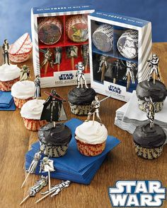 Star Wars cupcakes Cupcakes Pinterest Star wars cupcakes