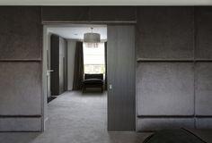 Velvet padded walls #luxuryinteriors #krinteriordesign