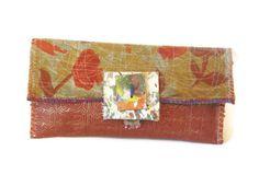 Artsy Sleek Clutch Bag UpCycled van itzaChicThing op Etsy, $60.00