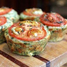 Spinat-Muffins mit Käse   19 leckere Mahlzeiten mit viel Protein, die Du super vorbereiten kannst