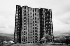 1960s-architecture-high-rise-tower-blocks-of-social-housing-flats-in-the-gorbals-area-of-glasgow-sco-joe-fox.jpg (900×600)