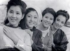 吉永小百合・和泉雅子・十朱幸代・芦川いづみ Japanese Icon, Japanese Beauty, Japanese Girl, Kawaii, Youth Culture, Old Actress, Vintage Labels, Classic Collection, Girl Gang