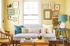 Uma decoração linda nem sempre é sinônimo de aconchego. Veja dicas para deixar a sala de estar mais aconchegante.