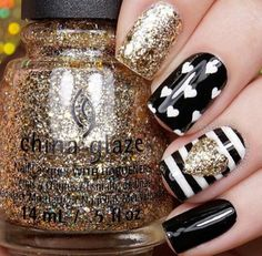 Glitter Nail Art Designs for Shiny & Sparkly Nails Do you find your nails boring? Do you want to easily and quickly add a shiny and fascinating look to your nails without wasting a long time on painting Love Nails, How To Do Nails, Pretty Nails, Fun Nails, Gorgeous Nails, Amazing Nails, Bright Summer Nails, Summer Toenails, Nail Polish