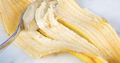 Ne jetez jamais la peau de banane, elle pourrait vous être utile pour de nombreuses choses !!! Découvrez ses fabuleuses utilisations  …