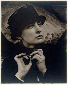 Georgia O'Keeffe: A Portrait, 1918 Alfred Stieglitz, American Alfred Stieglitz, Georgia O'keeffe, Rodin, A Love Supreme, York Art Gallery, Blue And Green, O Keeffe, Philadelphia Museum Of Art, New York Art