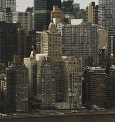 City Vibe, Nyc Life, Paradise On Earth, City Aesthetic, Concrete Jungle, Travel Goals, New York City, New York Skyline, Places To Go