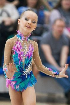 Lana Купальники для художественной гимнастики Rhythmic Gymnastics Costumes, Gymnastics Clubs, Gymnastics Poses, Gymnastics Outfits, Sport Gymnastics, Dance Outfits, Kids Outfits, Figure Skating Dresses, Dance Costumes