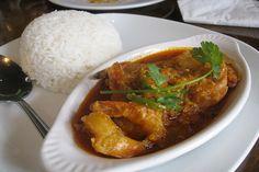 Burmese Prawn Curry | Delicious, meaty prawns with aromatic seasonings. #prawns #seafood #curry #Burma #Myanmar #recipes