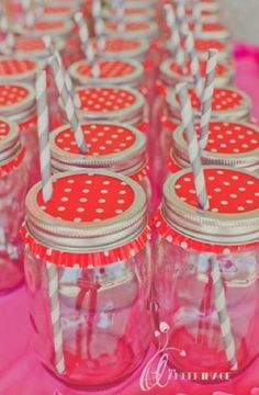 Mason jars covered with cupcake papers to keep dirt and bugs out! #Picnics #Party #MasonJars